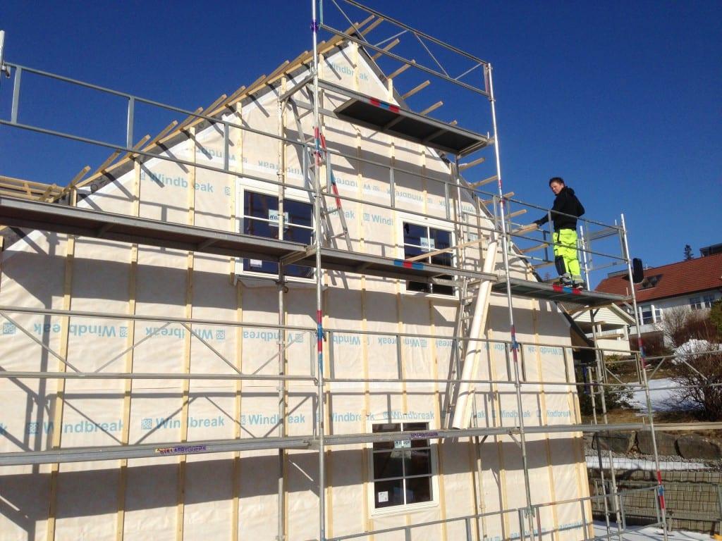 Byggpartner-aalesund-johnsen-bygg-snekker-restaurering